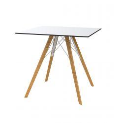 Table à manger carré Faz Wood plateau HPL blanc et bord noir, pieds chêne naturel, Vondom, 70x70xH74cm