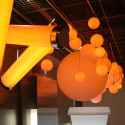 Lampe Globo Hanging Out, Slide Design blanc Diamètre 60 cm