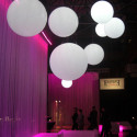Lampe Globo Hanging Out, Slide Design blanc Diamètre 200 cm