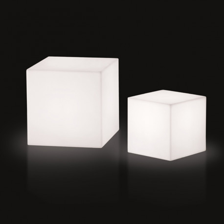 cube lumineux outdoor slide design blanc 20 cm cerise. Black Bedroom Furniture Sets. Home Design Ideas