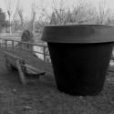 Pot Gio Monster, Slide Design noir H 184 cm