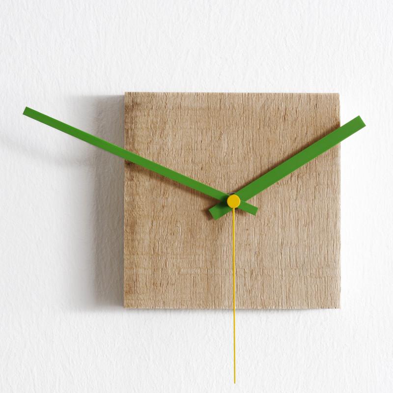 horloge nature petite diamantini domeniconi bois clair cerise sur la deco. Black Bedroom Furniture Sets. Home Design Ideas