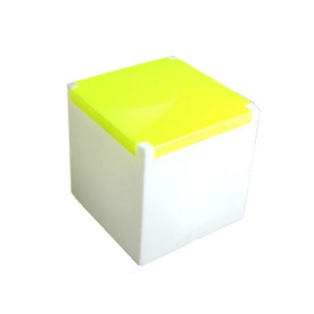 Table basse lumineuse Kubo, Slide Design cube blanc, plaque jaune