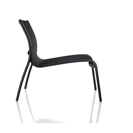Chaise basse Paso Doble, Magis structure verni noir, assise noir