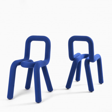 Chaise Design Bold, Moustache bleu