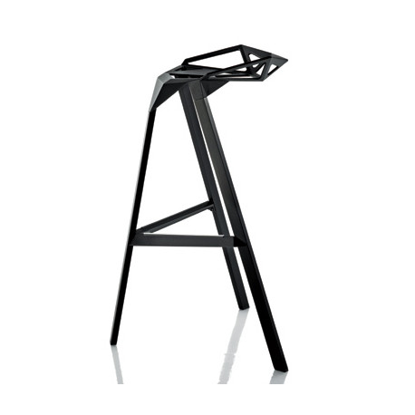 Lot de 2 tabourets hauts empilables Stool One, Magis noir Hauteur 74 cm
