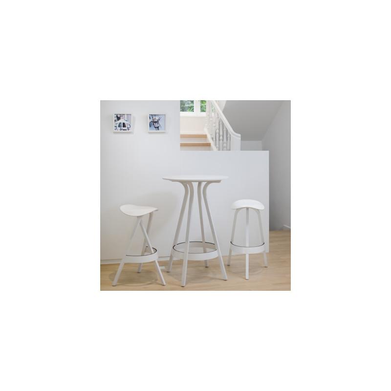 1410 table haute thonet blanc laqu cerise sur la deco. Black Bedroom Furniture Sets. Home Design Ideas