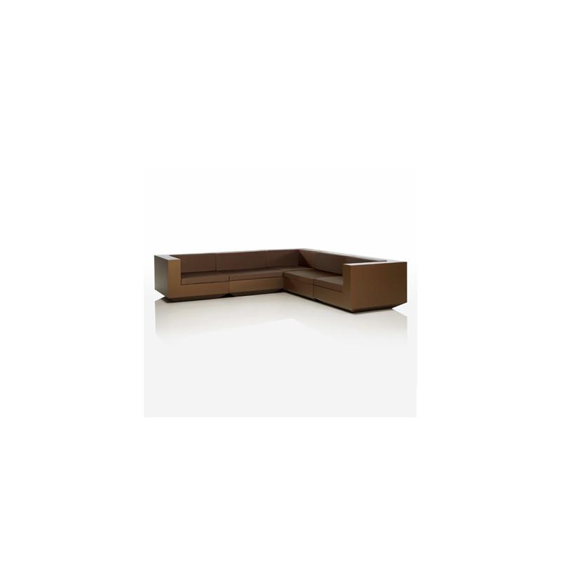 Salon d 39 angle vela vondom bronze cerise sur la deco - Salon couleur bronze ...