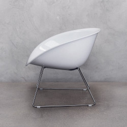 Gliss 340 fauteuil lounge, Pedrali blanc, pieds chrome