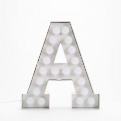 Lettre géante LED Vegaz, Seletti a