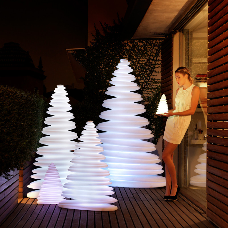 sapin lumineux chrismy vondom blanc hauteur 50 cm cerise sur la deco. Black Bedroom Furniture Sets. Home Design Ideas