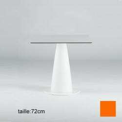 Table carrée Hoplà, Slide orange 79x79xH72 cm