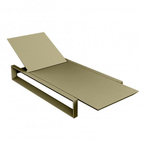 Chaise longue Frame kaki mat, avec coussin tissu Silvertex, Vondom