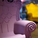 Fauteuil design Little Queen of Love, Design of Love by Slide chocolat