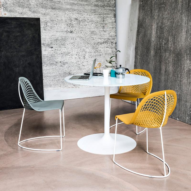table ronde infinity midj plateau blanc pied blanc diam tre 80 cm cerise sur la deco. Black Bedroom Furniture Sets. Home Design Ideas