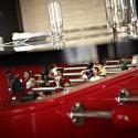 Table à manger baby foot ovale, RS Barcelona rouge Hauteur 100 cm