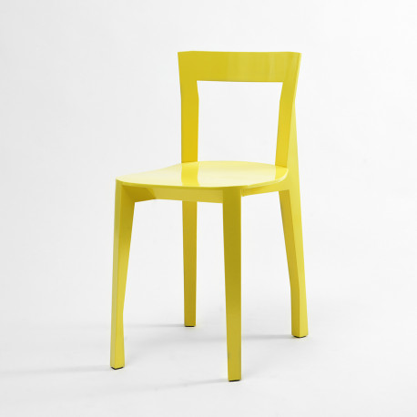 Chaise Quadrille, Moustache jaune