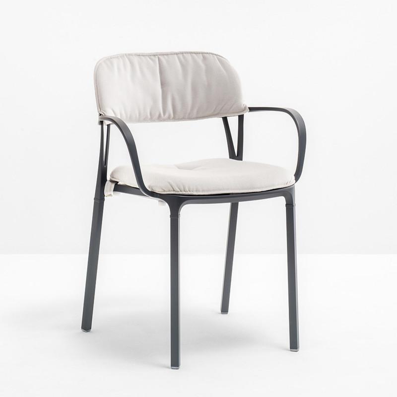 kit coussin assise et dossier pour chaise intrigo pedrali blanc cerise sur la deco. Black Bedroom Furniture Sets. Home Design Ideas