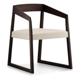 Sign 455 fauteuil en chêne teinté wengé, Pedrali, assise cuir blanc