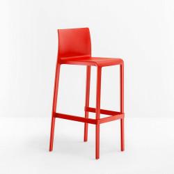 Lot de 2 Tabourets de bar Volt 677, Pedrali rouge, hauteur d\'assise 66 cm
