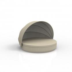 Lit de soleil nid Vela Daybed design, avec parasol, coussin Silvertex écru, Vondom