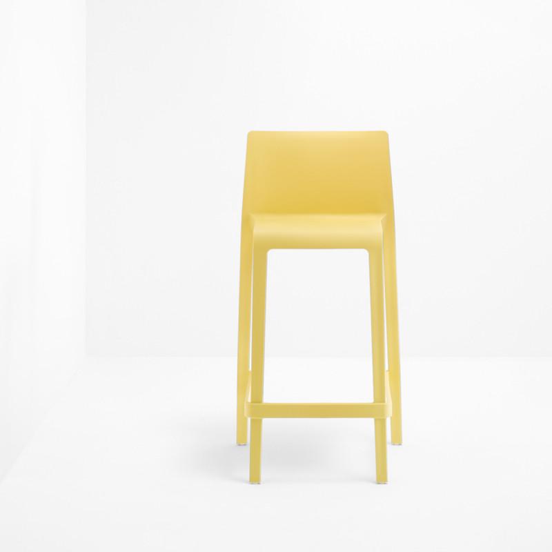 Lot de 2 Tabourets de bar Volt 678, Pedrali jaune, hauteur d\'assise 76,5 cm