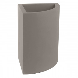 Pot d'angle Angular 39x39xH55 cm, simple paroi, Vondom taupe