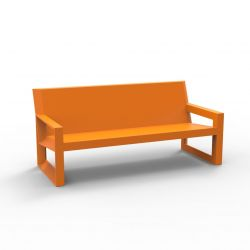Sofa design Frame, Vondom orange Mat, avec coussins