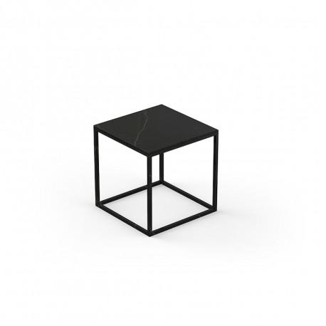Table basse carrée contemporaine Suave 40x40xH40 cm, Vondom, Dekton Kelya noir et pieds noir