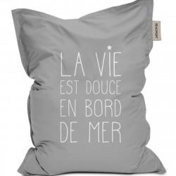 Pouf extérieur La Vie est Douce en Bord de Mer, collection Escale au Soleil, Pôdevache