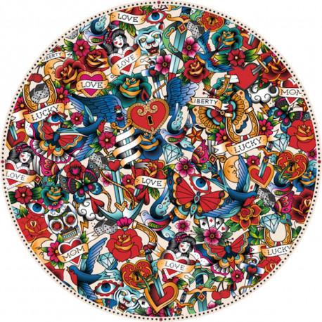 Tapis vinyle rond, mélange de tatouages, diamètre 145cm, collection Tatoo Compris, Pôdevache