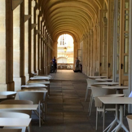 Projet d'ameublement du restaurant de Philippe Etchebest « Le Quatrième Mur »